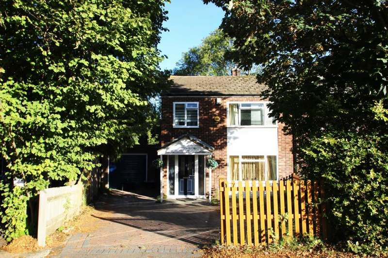 3 Bedrooms House for sale in Henley Wood Road, Earley, RG6