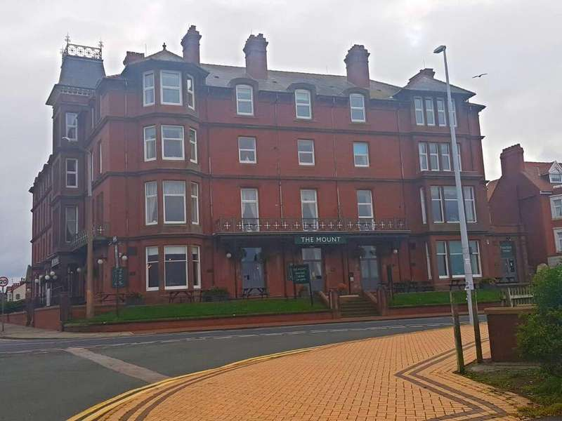 2 Bedrooms Apartment Flat for sale in Mount Apartments Mount Apartments, Mount Road, Fleetwood, FY7
