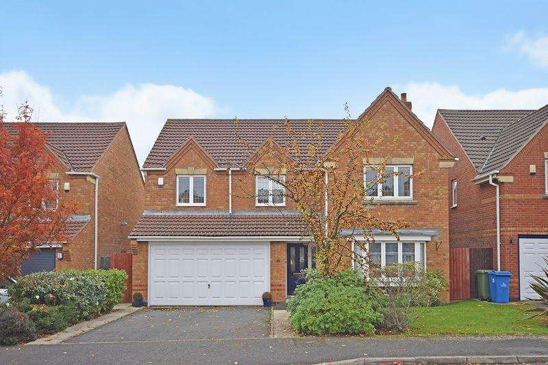 5 Bedrooms Detached House for sale in Falkirk Avenue, Widnes