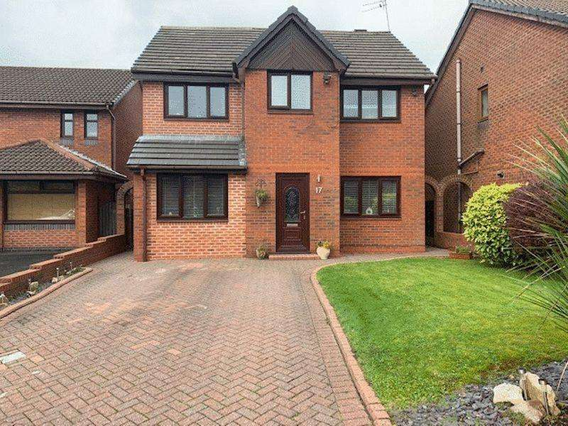 4 Bedrooms Detached House for sale in Bluebell Drive, Rochdale