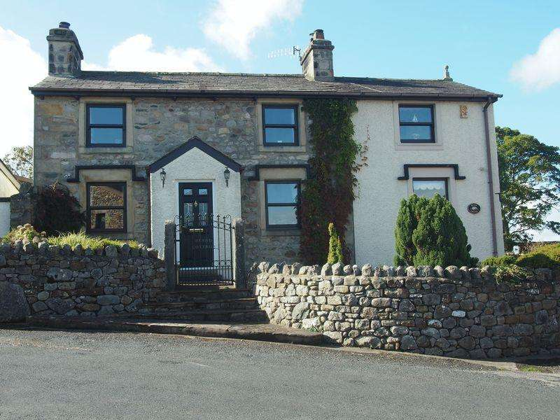 3 Bedrooms Cottage House for sale in The Shore, Bolton Le Sands,Carnforth