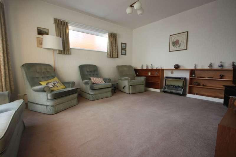 5 Bedrooms Detached Bungalow for sale in Thames Avenue, Guisborough, TS14
