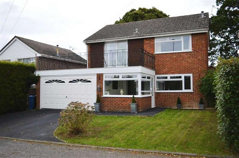 4 Bedrooms Detached House for sale in Gravel Hill, Wimborne, Dorset
