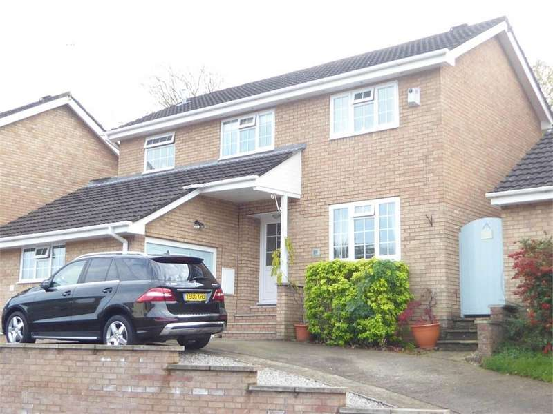 4 Bedrooms Detached House for sale in St Kingsmark Avenue, Chepstow