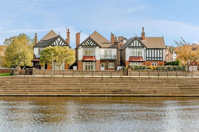 4 Bedrooms Detached House for sale in Trent Side, West Bridgford, Nottingham, NG2