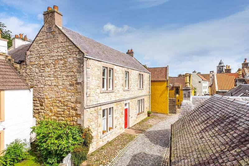4 Bedrooms Detached House for sale in The Old School House, West Green, Culross, Dunfermline, Fife, KY12