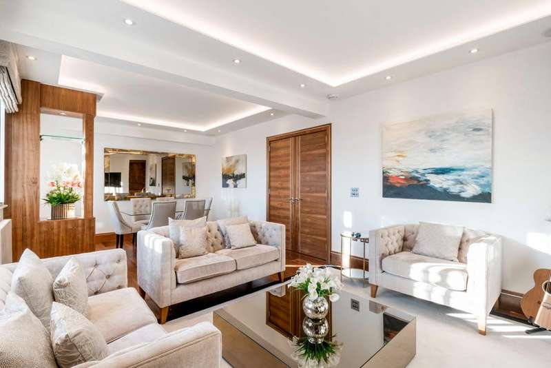 3 Bedrooms Apartment Flat for sale in Baker Street, Marylebone, NW1