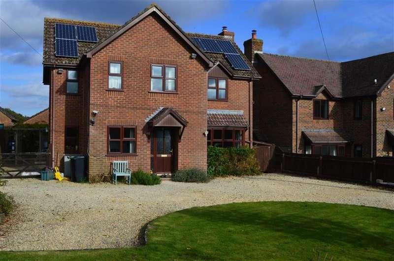 4 Bedrooms Detached House for sale in Verwood Road, Wimborne, Dorset