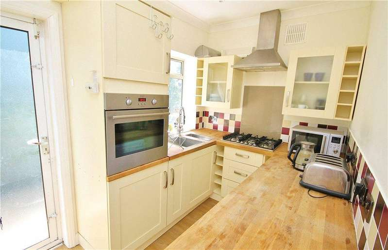 2 Bedrooms Apartment Flat for sale in Balfour Road, South Norwood, London, SE25