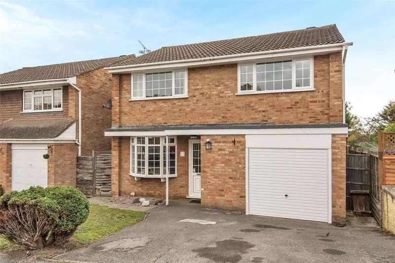 4 Bedrooms Detached House for sale in Birkbeck Place, Owlsmoor, Sandhurst, Berkshire, GU47