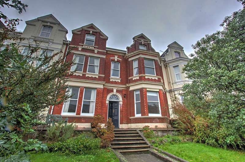 6 Bedrooms Terraced House for sale in Lockyer Road, Plymouth, Devon, PL3 4RL