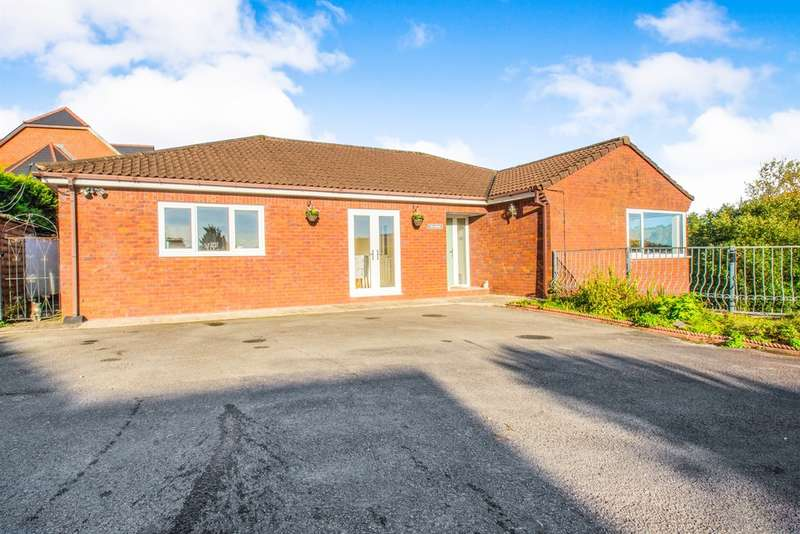 4 Bedrooms Detached Bungalow for sale in Llandraw Woods, Pontypridd