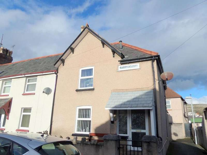 3 Bedrooms End Of Terrace House for sale in Jubilee Street, Llandudno