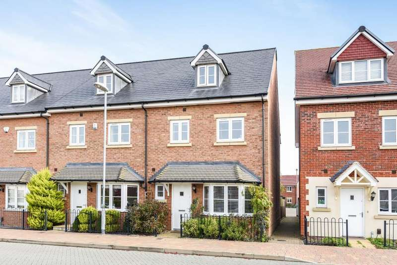 4 Bedrooms House for sale in Fulmar Crescent, Bracknell, RG12