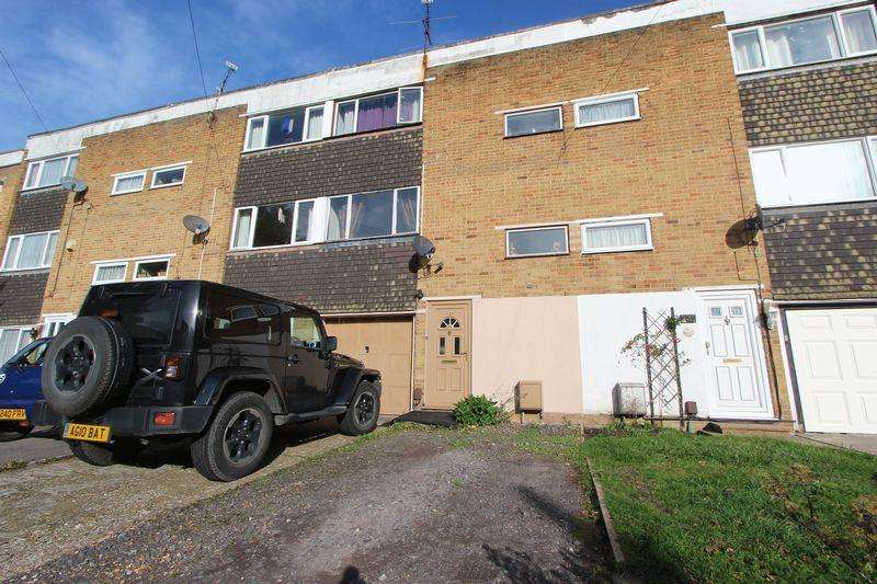 4 Bedrooms Town House for sale in Edelvale Road, West End Park, Southampton