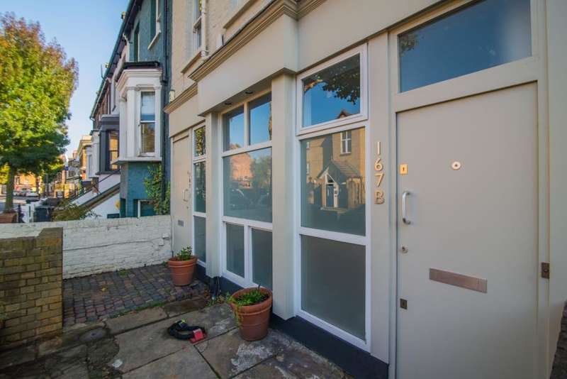 2 Bedrooms Apartment Flat for sale in Acton Lane, Chiswick W4