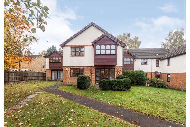 1 Bedroom Flat for sale in Cherbury Close, Bracknell, Berkshire