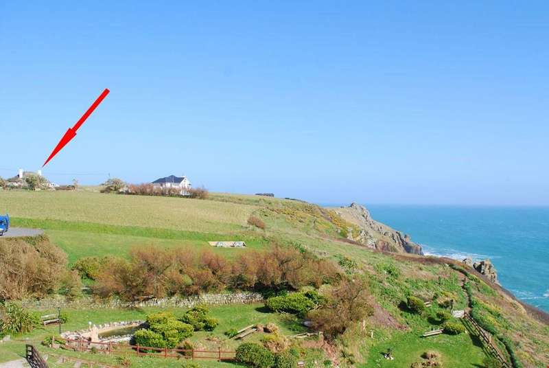 3 Bedrooms Detached House for sale in Housel Bay, The Lizard, South Cornwall
