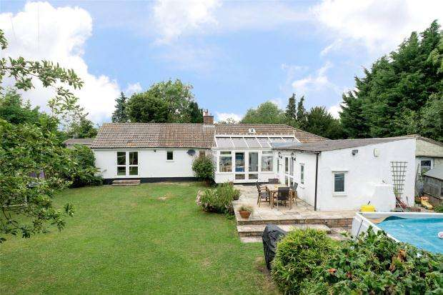 4 Bedrooms Detached Bungalow for sale in Cambridge Road, Wimpole, Cambridgeshire