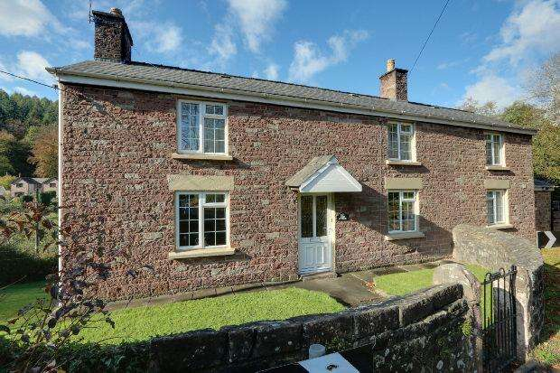 4 Bedrooms Detached House for sale in New Road, Blakeney