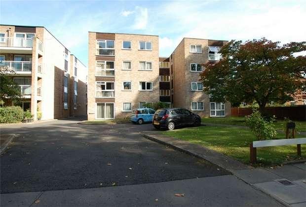 2 Bedrooms Flat for sale in St Merryn Court, 14 Brackley Road, BECKENHAM, Kent