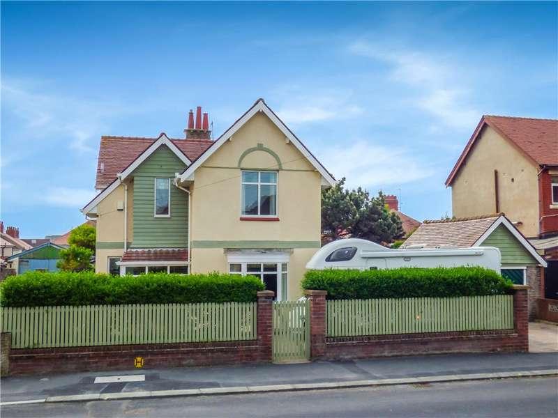 4 Bedrooms Detached House for sale in Beaufort Avenue, Bispham, Blackpool