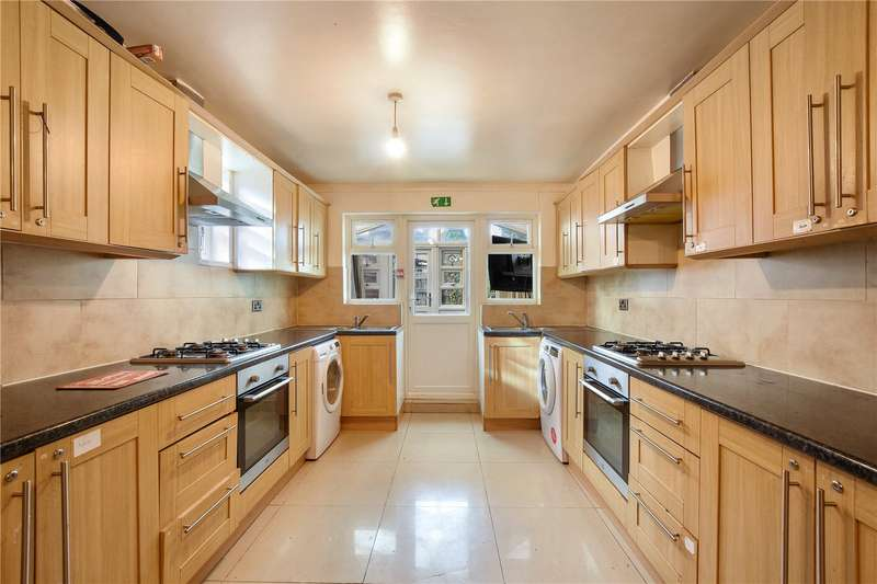 6 Bedrooms End Of Terrace House for sale in Devonshire Close, Stratford, London, E15
