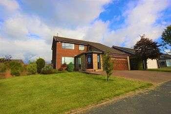 5 Bedrooms Detached House for sale in Armadale Road, Ladybridge, Bolton BL3 4UT