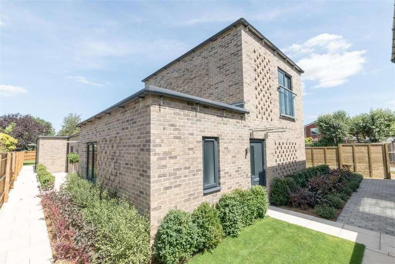 1 Bedroom Apartment Flat for sale in Nascot Place, Oakley Green, Windsor