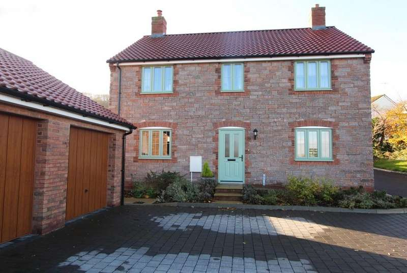 4 Bedrooms Detached House for sale in Superb edge of Banwell location