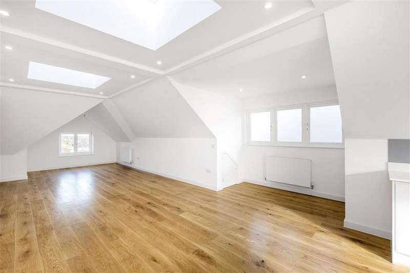 2 Bedrooms Flat for sale in Fontenoy Road, SW12