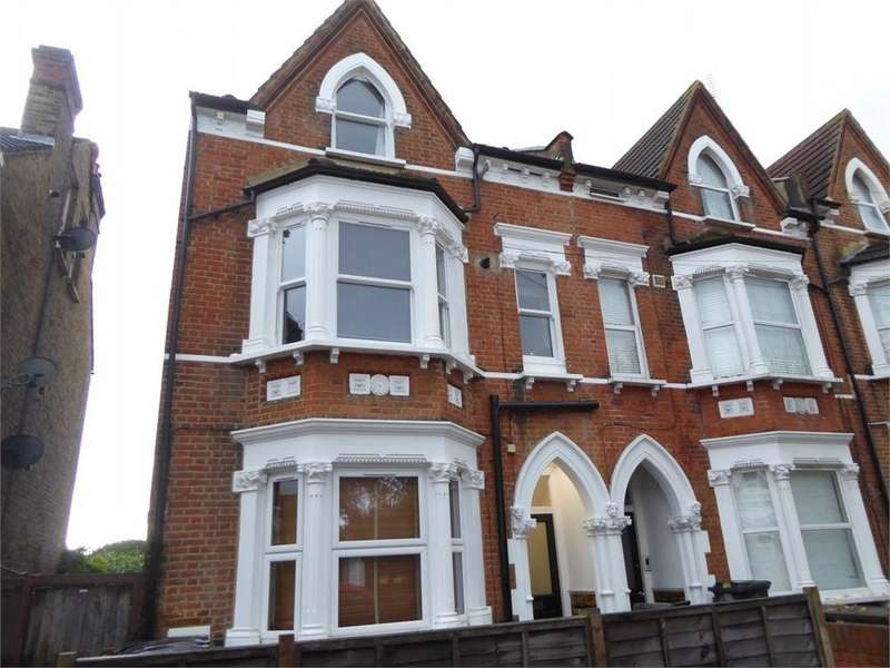 1 Bedroom Flat for sale in Chalfont Road, London