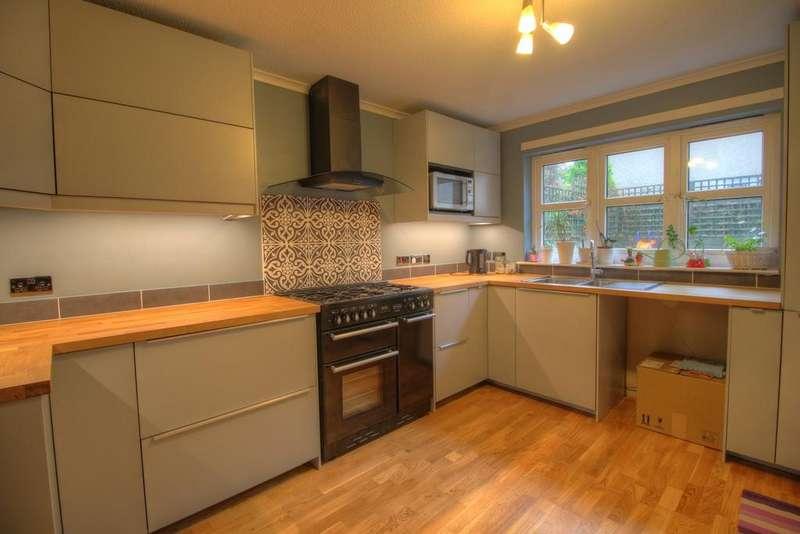 4 Bedrooms Detached House for sale in Ledcameroch Gardens, Dunblane, FK15