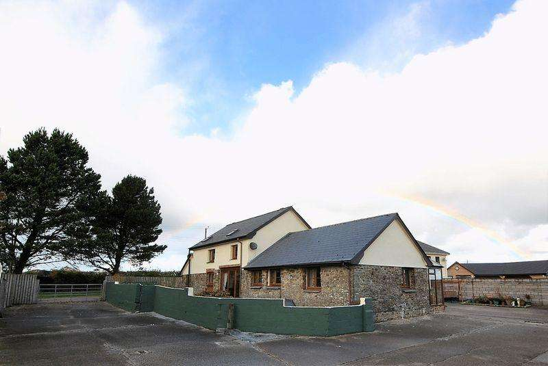 3 Bedrooms Barn Conversion Character Property for sale in Buckland Brewer, Bideford