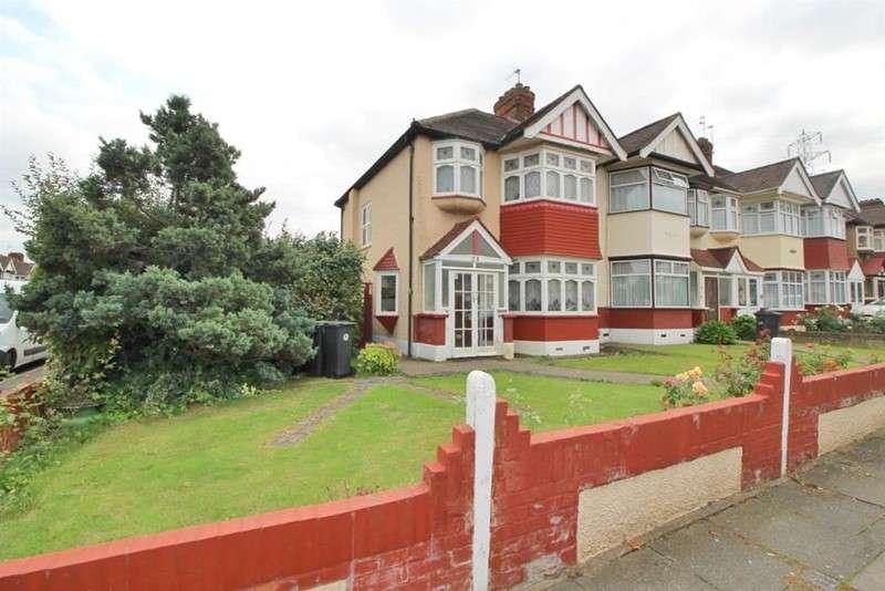 3 Bedrooms Property for sale in Bullsmoor Way, Waltham Cross, London, EN8 8HN