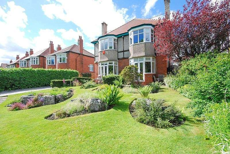 5 Bedrooms Detached House for sale in Barnes View, High Barnes