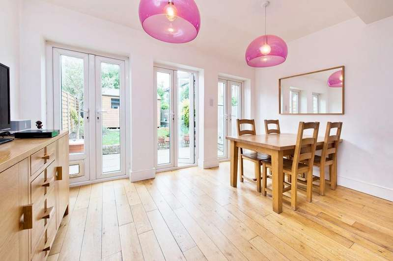 4 Bedrooms Terraced House for sale in Malborough Road, Colliers wood
