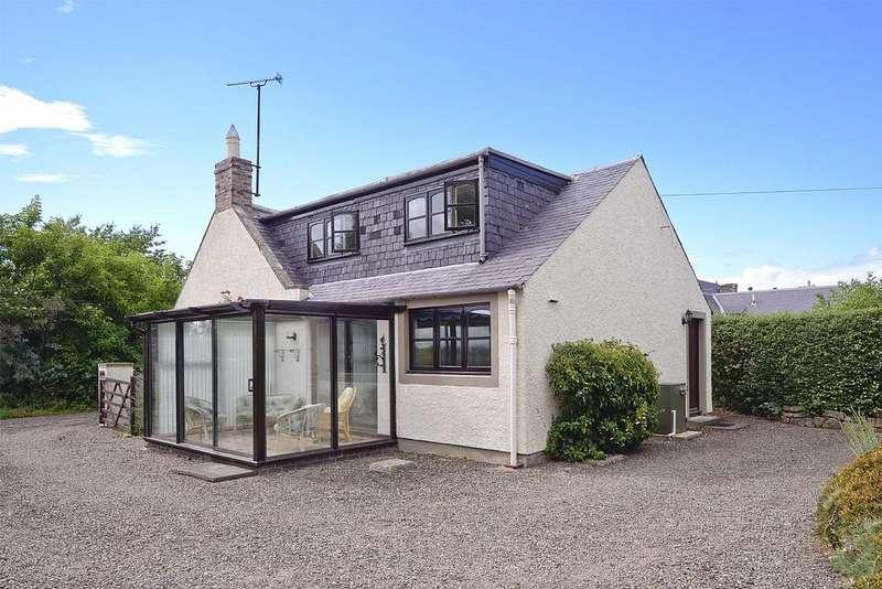 3 Bedrooms Semi Detached House for sale in Cobblers End , The Green, Swinton, Swinton TD11 3JQ