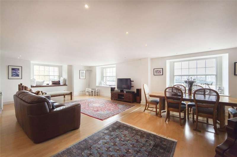 4 Bedrooms Flat for sale in The Highway, London, E1W