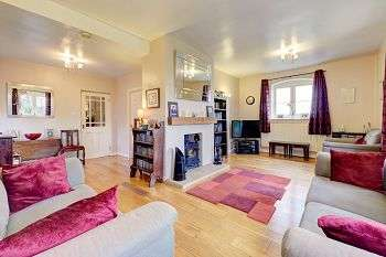 4 Bedrooms Barn Conversion Character Property for sale in Wheelock Court, Mill Lane, Wheelock, Sandbach, CW11 4RD