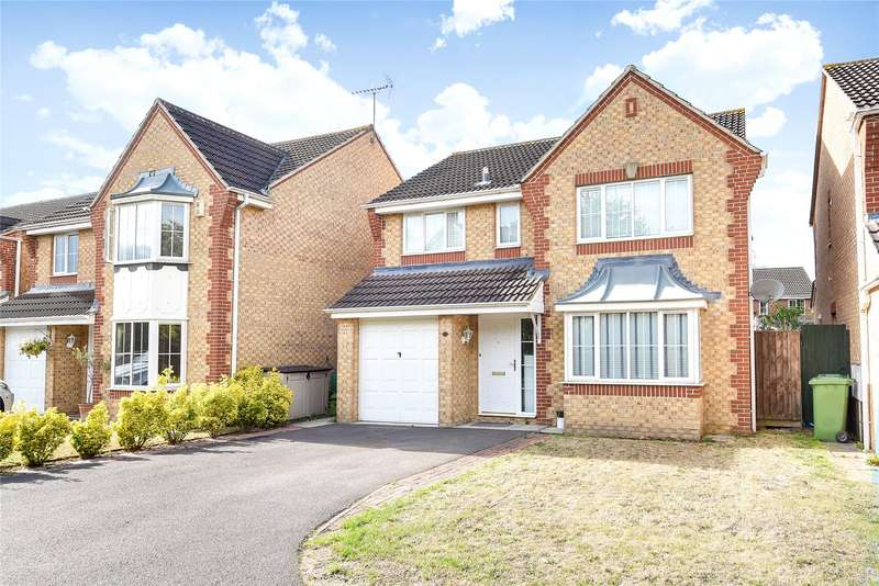 4 Bedrooms Detached House for sale in Paddick Drive, Lower Earley, Reading, Berkshire, RG6