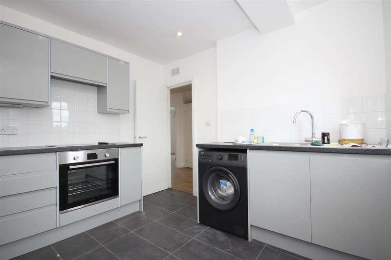 2 Bedrooms Flat for sale in Bridge Road, London NW10 9DG