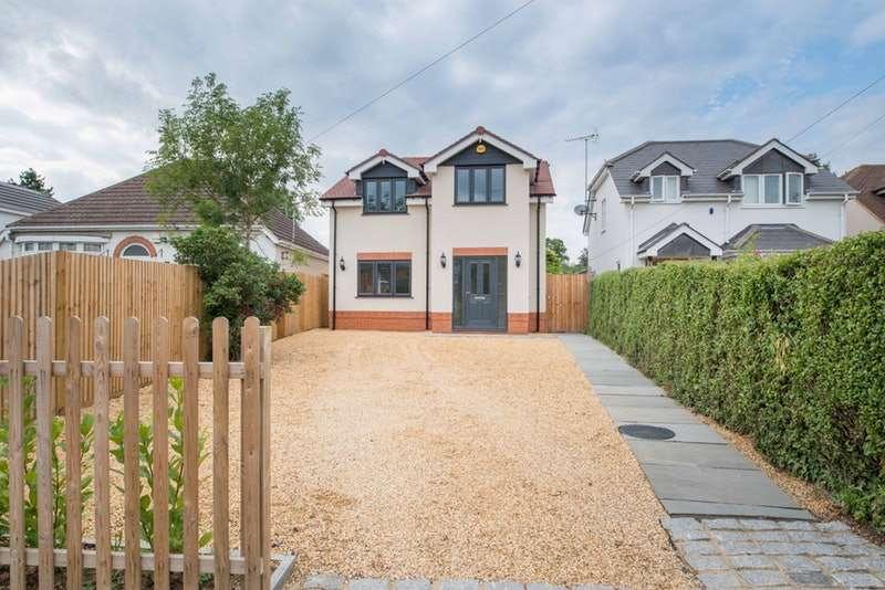5 Bedrooms Detached House for sale in Waterloo Road, Wokingham, Berkshire, RG40