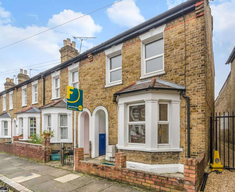 3 Bedrooms House for sale in Clairville Gardens, Hanwell, W7