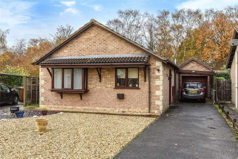2 Bedrooms Detached Bungalow for sale in Ashworth Close, Lincoln, LN6