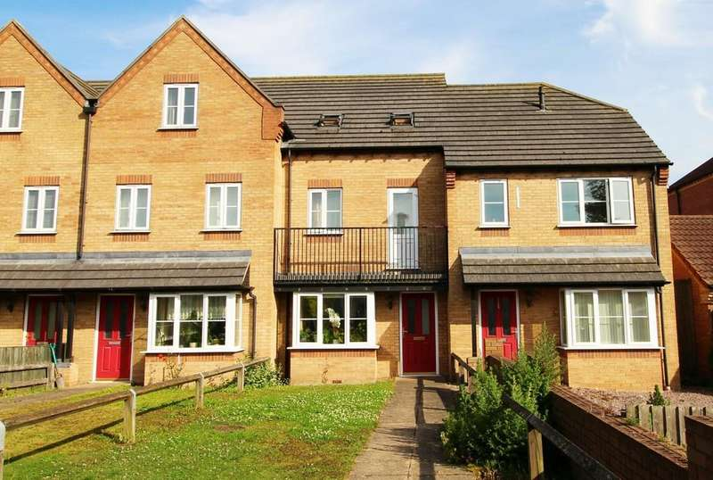 3 Bedrooms Terraced House for sale in Harveys Close, Spalding