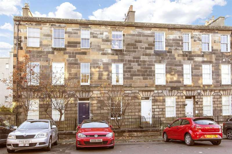 4 Bedrooms Flat for sale in 14/4 Smith's Place, Edinburgh, EH6
