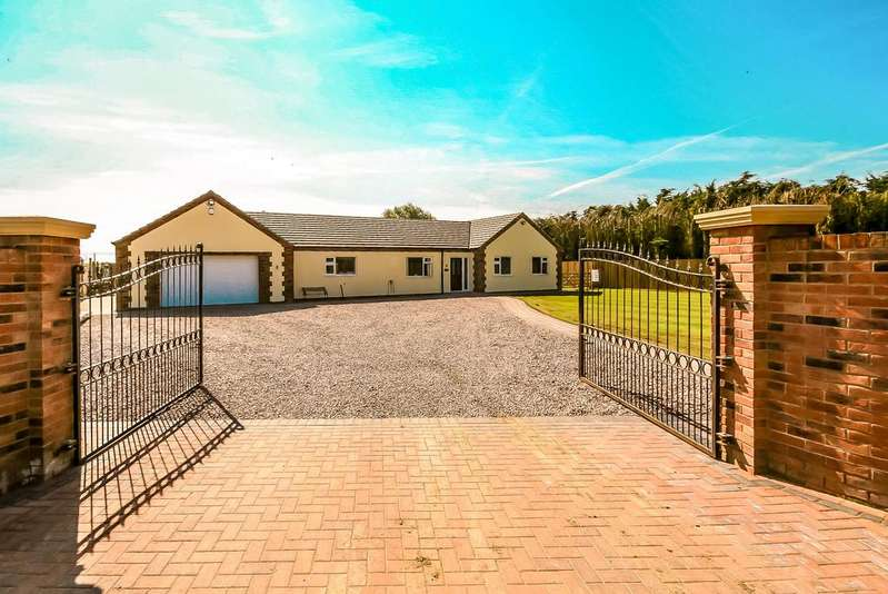 4 Bedrooms Detached Bungalow for sale in Holbeach Fen