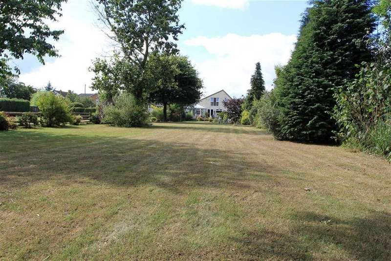 4 Bedrooms Detached House for sale in Windermere Drive, Croft, Leicestershire