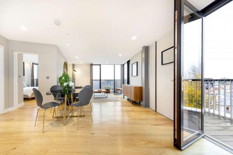 2 Bedrooms Flat for sale in Sandhurst Court, Acre Lane, London, London SW2